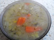Drobiowa zupa ogórkowa