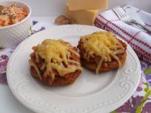 Drobiowe mielone z sosem pomidorowym i serem