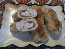 Drobiowe roladki z salami