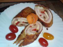 Drobiowe roladki z szynką i suszonymi pomidorami