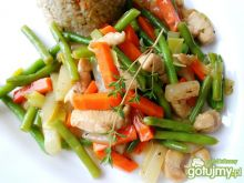 Drobiowo–warzywny miszmasz z tymiankiem
