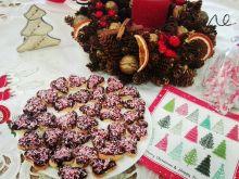 Drobne ciasteczka z czekoladą i kokosem