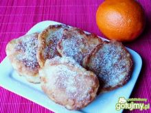 Drożdżowe racuchy z nutką pamarańczy