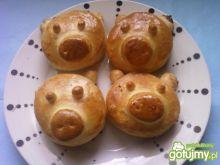 Drożdżowe świnki z czekoladą