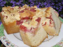 Drożdżówka truskawkowo-jabłkowa z kruszonką