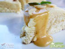 Drożdżówki z serem i toffi