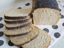 Drożdżowy chleb piwny z makiem