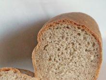Drożdżowy chleb z ostropestem i otrębami