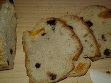 Drożdżowy chlebek z bakaliami