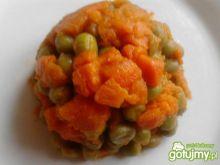Duszona marchewka z groszkiem 2