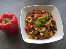 Duszone warzywa z pieczarkami i natką pietruszki