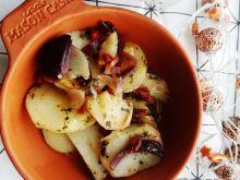 Duszone ziemniaki z suszonymi pomidorami