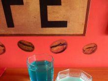 """Dwa drinki na bazie """"blue curacao"""""""
