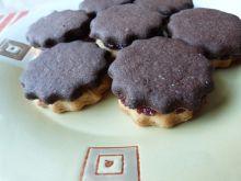 Dwukolorowe ciasteczka z marmoladą