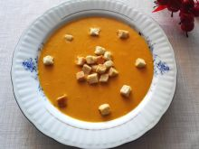 Dyniowa zupa-krem z orientalną nutą