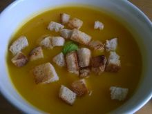 Dyniowa zupa z nutą bazylii