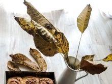 Dyniowe bułeczki cynamonowe z orzechami i karmelem