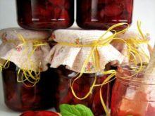 Dżem z truskawek i czereśni z migdałami