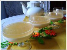 Egzotyczna panna cotta z herbacianą galaretką