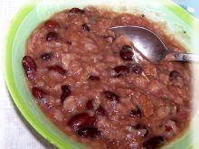 Eintopf z mięsem, fasolą i ryżem błyskawicznym