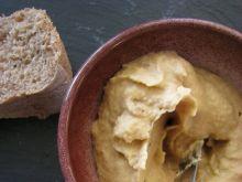 Ekspresowa pasta kanapkowa z cieciorki i śliwek