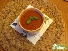 Ekspresowy krem pomidorowy z bazylią