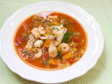 Esencjonalna zupa rybna