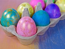 Farbowanie jajek naturalnymi barwnikami