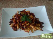 Fasolka szparagowa z cebulą i marchewką