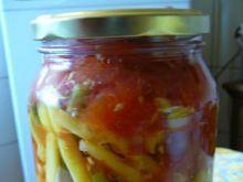 Fasolka w pomidorach.