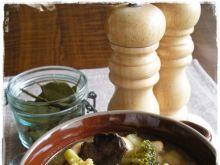 Fasolowa z grzybami i brokułem