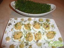 Faszerowane jajka pastą