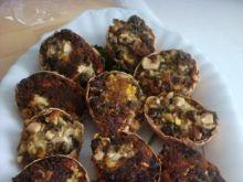 Faszerowane jajka suszonymi grzybami