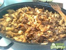 Filet drobiowy z pieczarkami