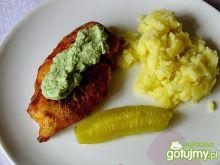 Filet drobiowy z zieloną pastą
