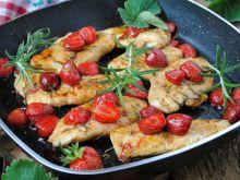 Filet w sosie truskawkowo- balsamicznym - Przygotowując danie zainspirowałam się przepisem znajdującym się na Kwestia Smaku
