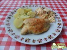 Filet z kurczaka panierowany w mące