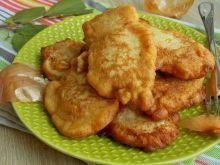 Filet z kurczaka w cieście cebulowym