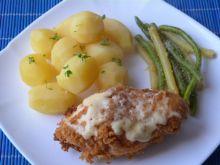 Filet z kurczaka w panierce z żółtym serem