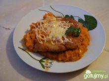 Filet z kurczaka w sosie marchewkowym