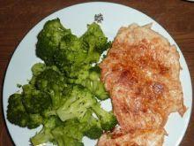 Filet z kurczaka z brokułami