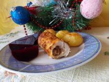 Filet z kurczaka z daktylami i pieczone buraki