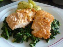 Filet z łososia ze szpinakiem