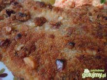 Filet z ryby w panierce z orzechami