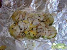 Filet z soli z migdałami na cukini