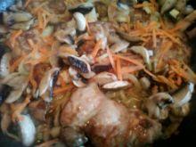Filet z udek kurczaka z cebulką