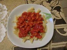Filety z kurczaka w sosie pomidorowym