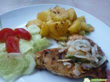 Filety z kurczaka w ziołach i cebuli