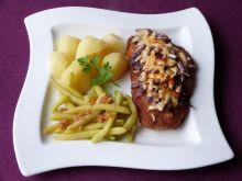 Filety z kurczaka zapiekane z cebulą