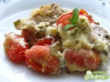 Filety  zapiekane z baby plum tomato